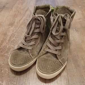 American Eagle mid-high sneakers